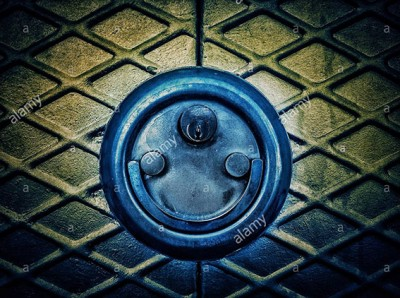 Door lock padlock smiling. Faces in objects © Queralt Sunyer