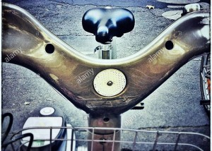 Handlebar of a bike for rental in Paris, France © Queralt Sunyer
