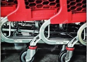 Supermarket shopping carts © Queralt Sunyer